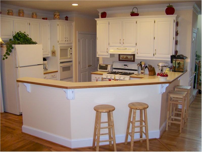 Snellville home for sale brookwood hs 214 900 full for Brookwood kitchen cabinets